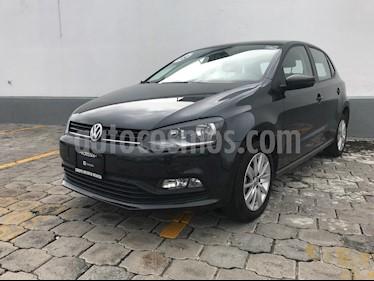 Foto venta Auto Seminuevo Volkswagen Polo 1.6L Comfortline 5P (2018) color Gris Carbono precio $220,000