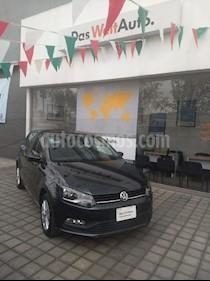 Foto venta Auto Seminuevo Volkswagen Polo 1.6L Comfortline 5P (2018) color Grafito precio $225,000