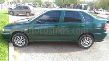 Foto venta Auto Usado Volkswagen Polo Classic 1.6 Comfortline (2001) color Verde precio $75.000