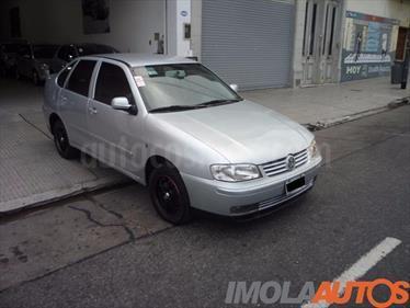 Foto venta Auto Usado Volkswagen Polo Classic 1.9 SD Comfortline (2004) color Gris Claro precio $99.000