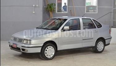 Foto venta Auto Usado Volkswagen Polo Classic 1.9 SD (2000) color Gris Claro precio $88.000