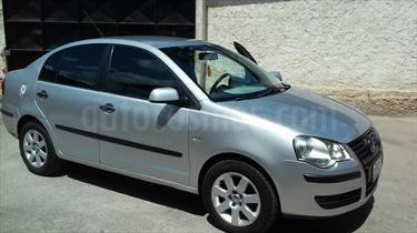 Foto venta carro usado Volkswagen Polo  Comfortline Sinc. (2007) color Plata precio u$s3.250
