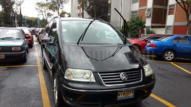 Foto venta Auto Usado Volkswagen Sharan 1.8L Comfortline (2006) color Negro Zafiro precio $87,000