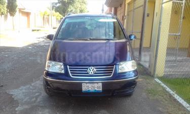 Foto venta Auto Usado Volkswagen Sharan 1.8L Comfortline (2006) color Azul Metalico precio $80,000