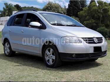 Volkswagen Suran 1.6 Highline usado (2008) color Plata precio $250.000