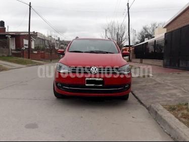 foto Volkswagen Suran 1.6 Highline usado (2012) color Rojo precio $199.000