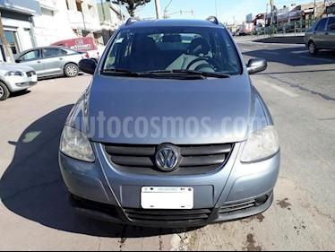 Foto venta Auto usado Volkswagen Suran 1.6 Track (2007) color Gris Oscuro precio $159.000