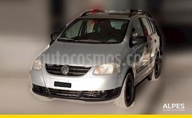 Foto venta Auto Usado Volkswagen Suran 1.6 Track (2006) color Gris Claro precio $148.000