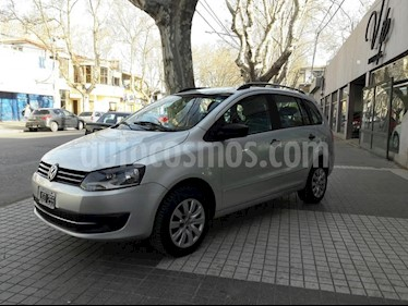 Foto venta Auto Usado Volkswagen Suran 1.6 Track (2010) color Gris Claro precio $225.000
