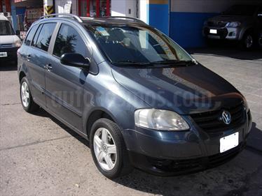Foto venta Auto usado Volkswagen Suran 1.6 Trendline (2007) color Gris Off-Road precio $160.000