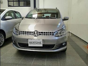 Foto venta Auto usado Volkswagen Suran 1.6 Trendline (2015) color Beige