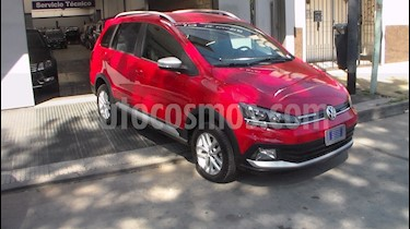 foto Volkswagen Suran Cross 1.6 Highline