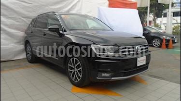 Foto venta Auto Seminuevo Volkswagen Tiguan Comfortline 7 Asientos Tela (2018) color Negro precio $435,000