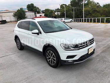 Foto venta Auto Seminuevo Volkswagen Tiguan Comfortline (2018) color Blanco precio $430,000