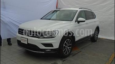 Foto venta Auto Seminuevo Volkswagen Tiguan Comfortline (2018) color Blanco precio $435,000