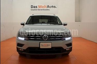 Foto venta Auto Seminuevo Volkswagen Tiguan Comfortline (2018) color Plata precio $430,000