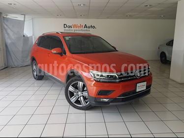 Foto venta Auto Seminuevo Volkswagen Tiguan Highline (2018) color Naranja precio $529,900