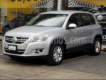 Foto venta Auto Seminuevo Volkswagen Tiguan Native (2010) color Plata Reflex precio $155,000