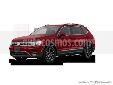 Foto venta Auto Seminuevo Volkswagen Tiguan Trendline Plus (2018) color Rojo Rubi precio $371,536
