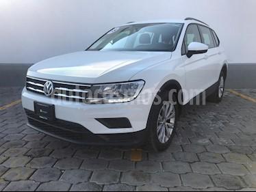 Foto venta Auto Seminuevo Volkswagen Tiguan Trendline Plus (2018) color Blanco precio $375,000