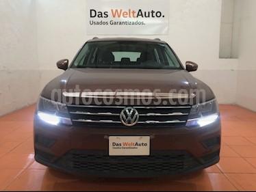 Foto venta Auto Seminuevo Volkswagen Tiguan Trendline (2018) color Bronce precio $375,000