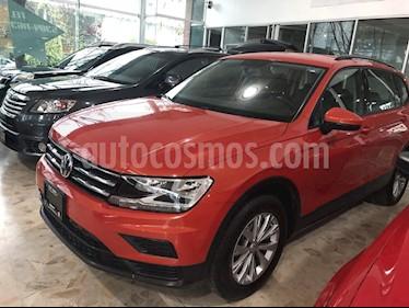 Foto venta Auto Seminuevo Volkswagen Tiguan Trendline (2018) color Naranja precio $380,000