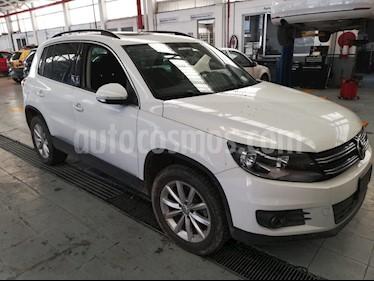 Foto venta Auto Seminuevo Volkswagen Tiguan Wolfsburg Edition (2017) color Blanco precio $372,000