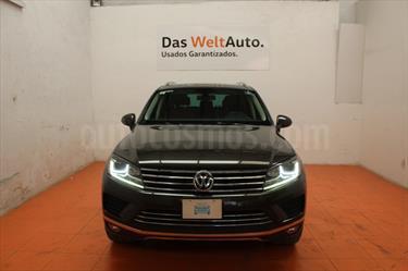 foto Volkswagen Touareg 3.0L V6 TDI
