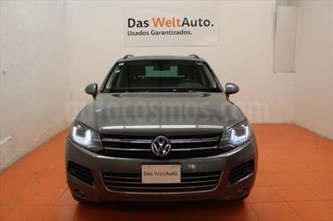 Foto venta Auto Seminuevo Volkswagen Touareg 3.0L V6 TDi  (2014) color Gris precio $430,000
