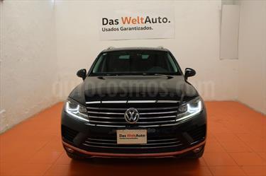 Foto venta Auto Seminuevo Volkswagen Touareg 3.0L V6 TDI (2016) color Negro Profundo precio $595,000