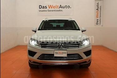 Foto venta Auto Seminuevo Volkswagen Touareg 3.0L V6 TDI (2016) color Blanco precio $640,000