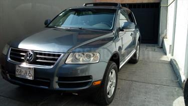 Foto venta Auto usado Volkswagen Touareg 3.2L V6 (2005) color Gris Offroad precio $130,000