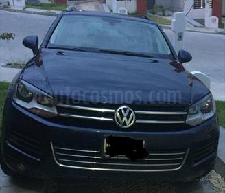 Foto venta Auto Seminuevo Volkswagen Touareg 3.6L V6 FSI Navegacion  (2014) color Azul Metalico precio $400,000