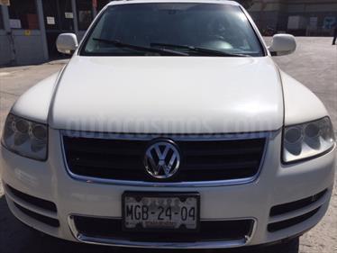 Foto venta Auto Seminuevo Volkswagen Touareg 4.2L V8 FSI  (2007) color Blanco Campanella precio $150,000