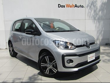 Foto venta Auto Seminuevo Volkswagen up! Connect (2018) color Plata precio $210,000