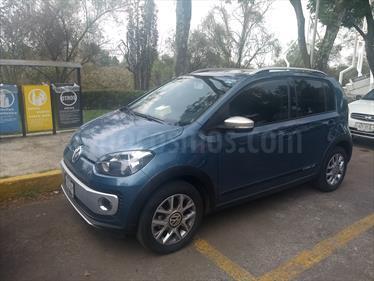 Foto venta Auto usado Volkswagen up! cross up! (2017) color Azul Laguna precio $175,000