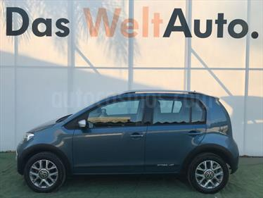 Foto venta Auto Usado Volkswagen up! cross up! (2017) color Azul Noche precio $197,000