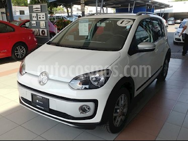 Foto venta Auto Seminuevo Volkswagen up! cross up! (2017) color Blanco precio $175,000