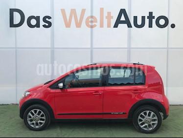 Foto venta Auto Usado Volkswagen up! cross up! (2017) color Rojo Flash precio $199,000