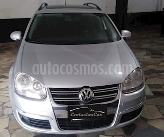 foto Volkswagen Vento Variant 2.5 Advance Tiptronic