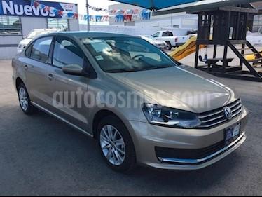 Foto venta Auto Seminuevo Volkswagen Vento 1.6L (2018) color Beige precio $225,000