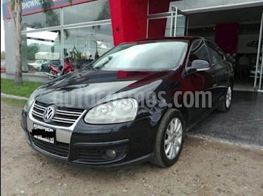 foto Volkswagen Vento 1.9 TDi Advance DSG