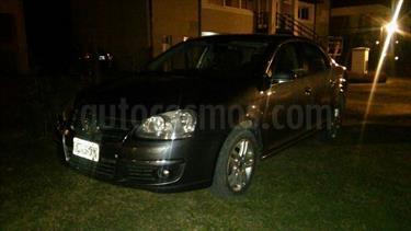 Foto venta Auto Usado Volkswagen Vento 1.9 TDi Luxury DSG (2008) color Gris Acero precio $220.000