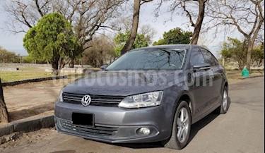 Foto venta Auto Usado Volkswagen Vento 2.0 TDi Luxury (2011) color Verde Oscuro precio $385.000