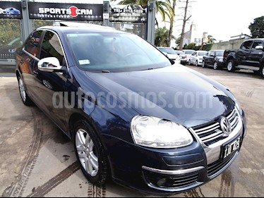 foto Volkswagen Vento 2.5 FSI Advance Plus