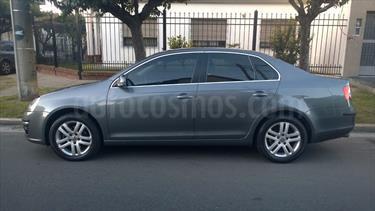 Foto venta Auto Usado Volkswagen Vento 2.5 FSI Luxury Tiptronic (170Cv) (2007) color Gris precio $130.000