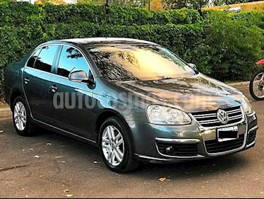 Foto venta Auto Usado Volkswagen Vento 2.5 FSI Luxury Tiptronic (170Cv) (2010) color Gris Platinium precio $250.000