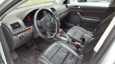 Foto venta Auto Usado Volkswagen Vento 2.5 FSI Luxury Tiptronic (2006) color Gris Plata  precio $160.000