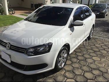 Foto venta Auto Seminuevo Volkswagen Vento Active Aut (2015) color Blanco Candy precio $134,900