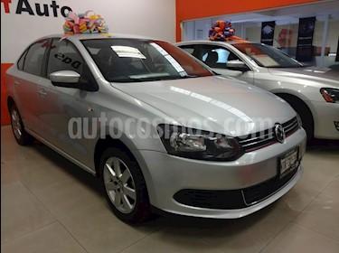 Foto venta Auto Seminuevo Volkswagen Vento Active (2014) color Plata precio $155,000